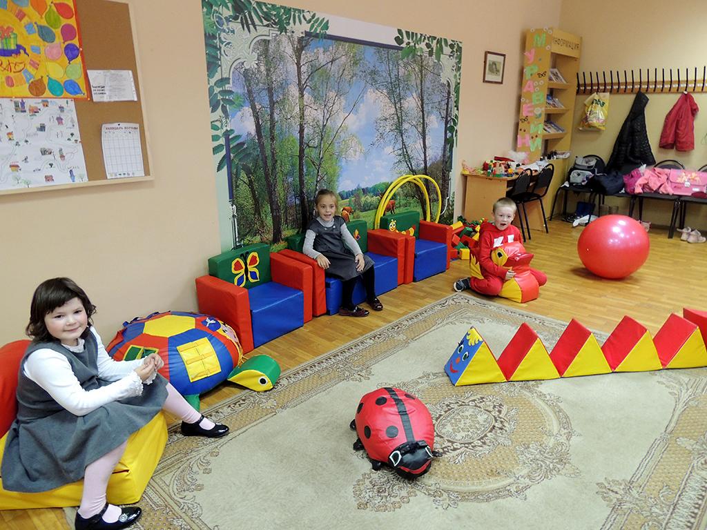 Сценарии новогодних праздников в детском саду для подготовительной группе